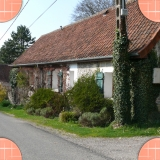 Tulip bed and breakfast from the street, Beaurainville, Montreuil-sur-Mer